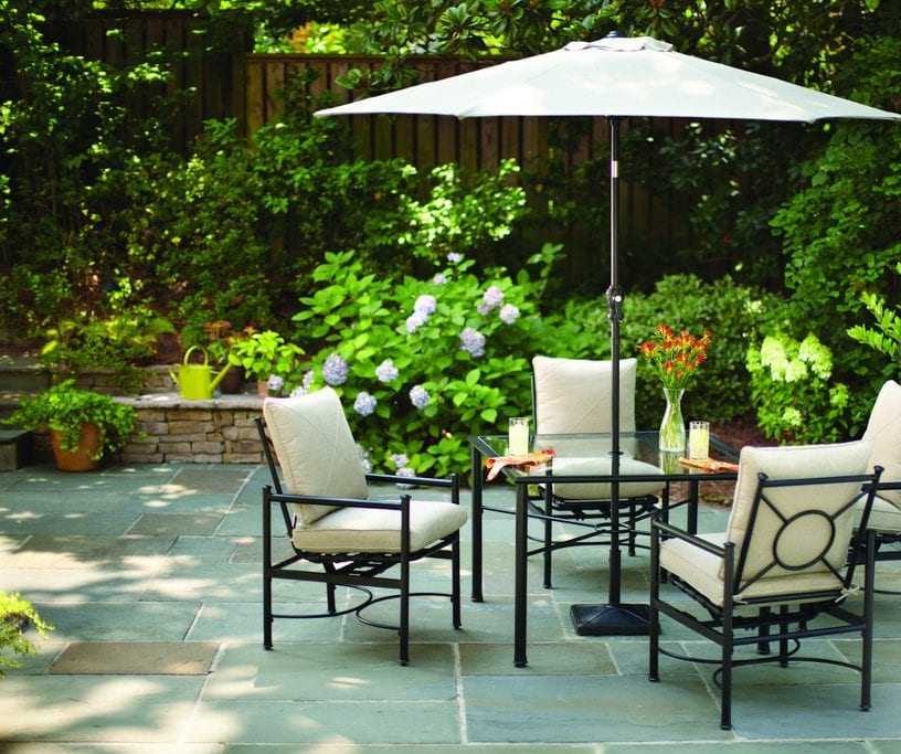 arranging patio furniture